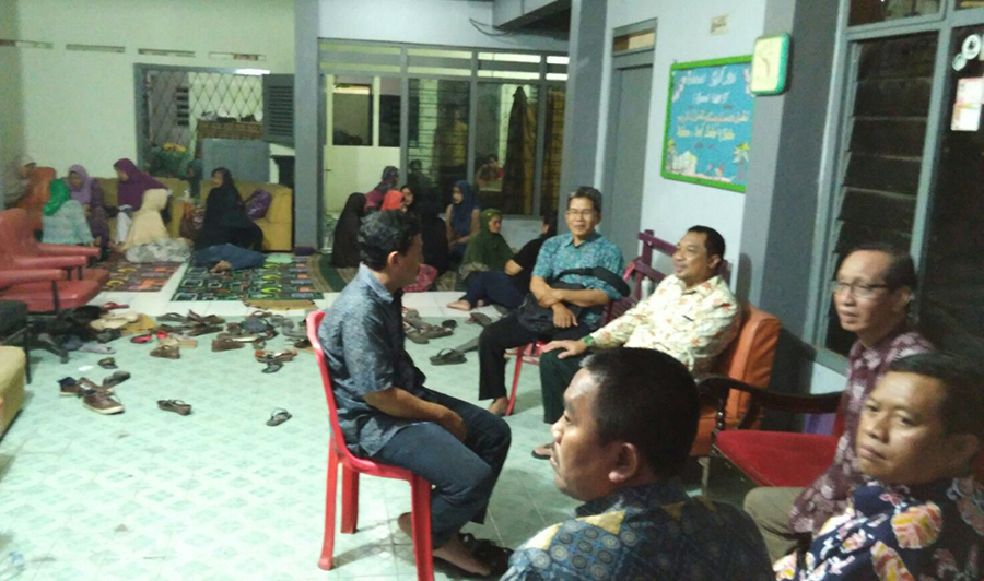 Rumah Duka Mendiang Istri Mantan Ketua PWM Jatim KH Anwar Zain