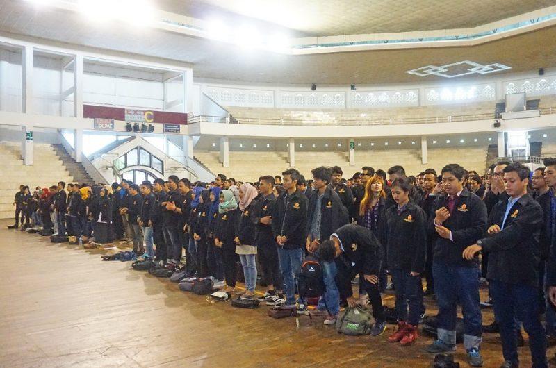 Suasana Pelepasan KKN UMM di Dome.(Foto: Humas UMM)