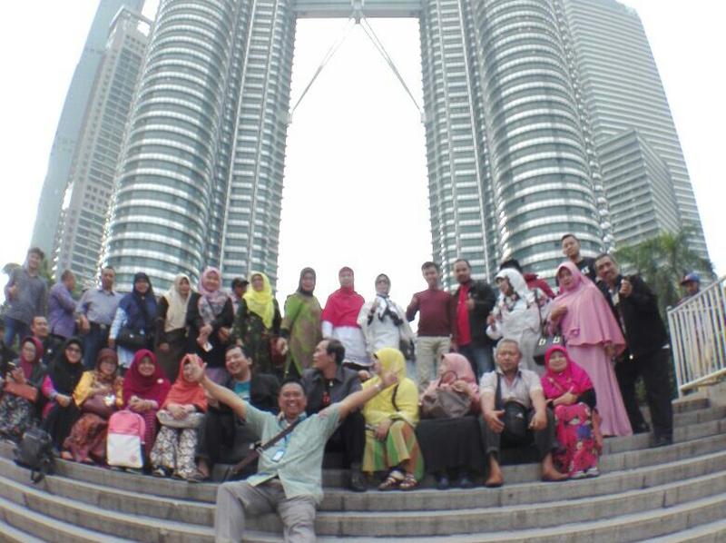 Subhanallah, 3 Pegawai Hotel Thailand Masuk Islam usai Lihat Peserta Rihlah Dakwah Shalat Dekat Lift