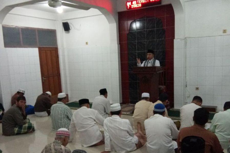 Beragama Islam kok Berdoa ke Penghuni Makam untuk Permudah Urusan?