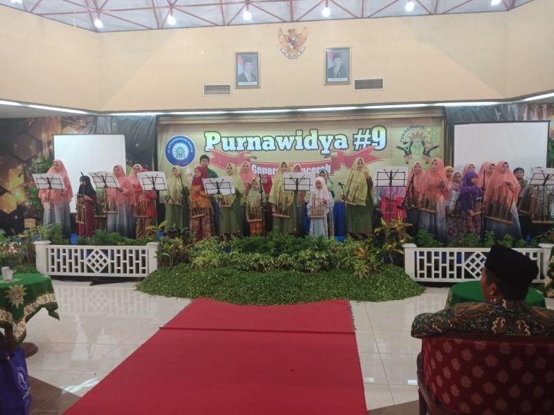 Kado Spesial Purnawidya: Orkestra Angklung Kolaborasi Siswa-Ikwam, Gladi Bersih pun Dijalani hingga Malam