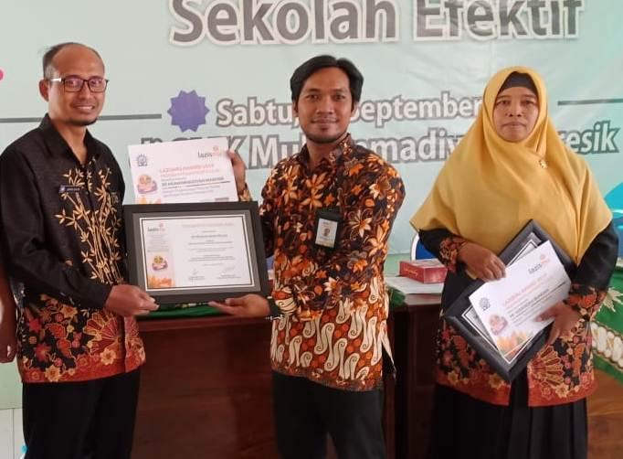 Galang Program Filantropis Cilik, Dua Kepala Sekolah Ini Dapat Penghargaan