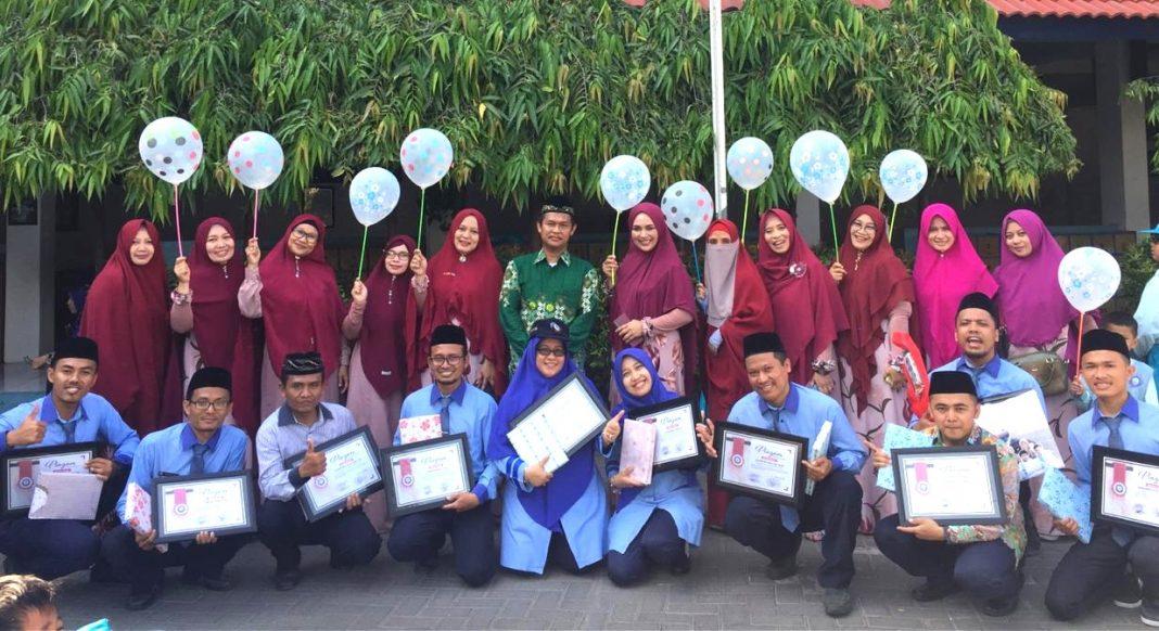 Peringati Milad Muhammadiyah, Siswa SDMM Pilih 10 Guru Favorit secara E-voting