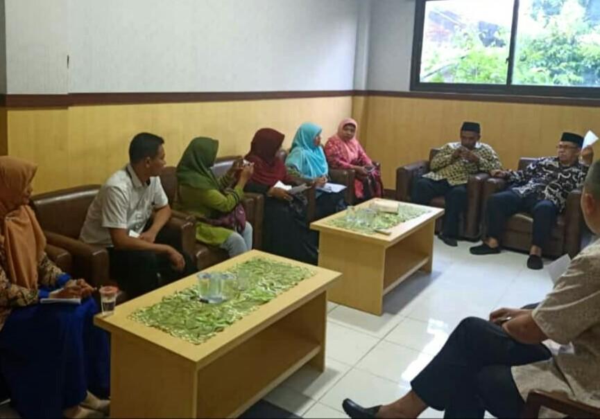 Forum Pejuang PLPG Jatim Temuai Prof Zainuddin Maliki