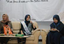 Campus Expo SMA Muhammadiyah 1 Taman (Smamita) Sidoarjo berlangsung meriah, Jumat (24/1/20). Kegiatan bernama Muhammadiyah 1 Taman Campus Expo (Micampex) ini menyuguhkan beragam informasi dari berbagai kampus PTN dan PTS.