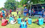 Legenda sepakbola Hanafing memimpin langsung seleksi terbuka para calon pemain PSHW Jawa Timur, di Lapangan Menanggal Surabaya, Sabtu-Ahad (25-26/1/2020).
