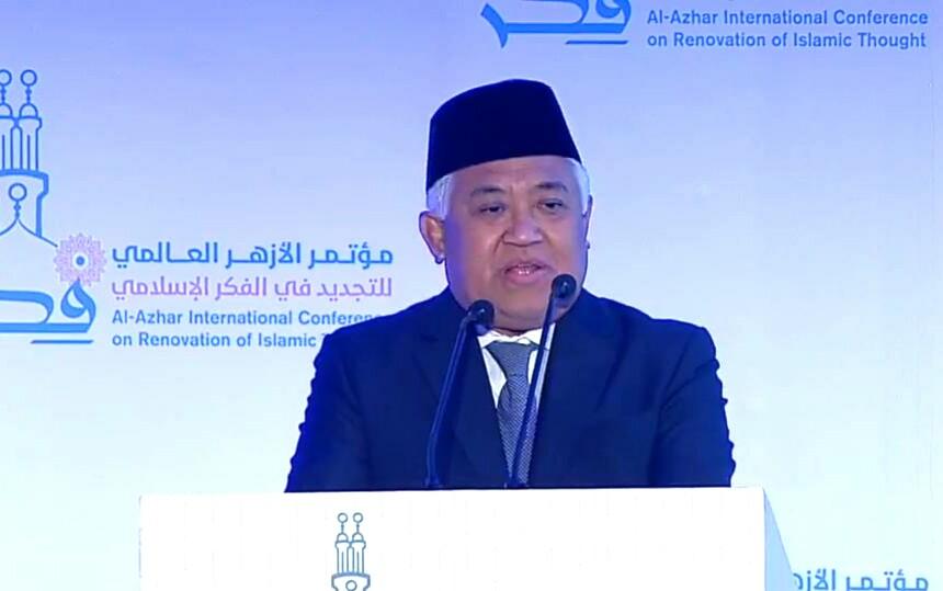 Din Syamsuddin di Al Azhar mengatakan, dengan dukungan 35 juta anggota, Muhammadiyah menjadi kekuatan masyarakat madani yang efektif dan berpengaruh.