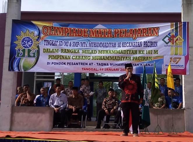 Ketua PCM Paciran M. Anwar membuka olimpiade mata pelajaran di Ponpes At Taqwa Kranji.