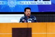 Begini orang NU menilai Muhammadiyah: Saya tidak tahu jika tidak ada Muhammadiyah di Indonesia. Muhammadiyah terlalu banyak memberikan hal pembaharuan untuk Indonesia.