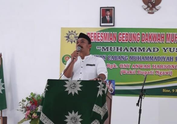Gedung Dakwah Muhammadiyah Sine Ngawi diresmikan Wakil Bupati Ngawi Ony Anwar Harsono ST MH, Ahad (9/2/2020). Tanah wakaf dari Muhammad Yusuf.