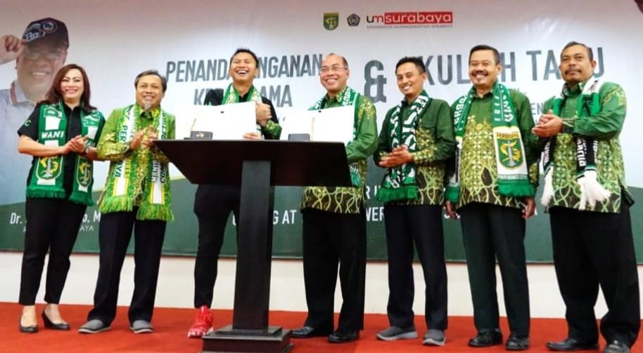 Skandal Man City dan optimisme kerja sama sponsorship Persebaya-UMSurabaya. Diharapkan jadi pelopor sepak bola Indonesia profesional berkemajuan.