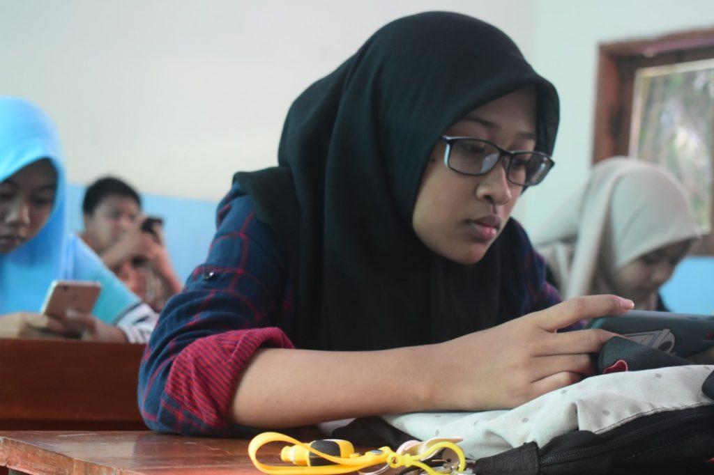 Simulasi Try Out UN CBT SMA Muhammadiyah 4 Surabaya (SMAMIV) digelar gratis dan berhadiah. Kegiatan yang diikuti 200 pelajar SMP/MTs se-Surabaya, Sidoarjo, dan Gresik itu berlangsung lancar, Ahad (2/2/20).