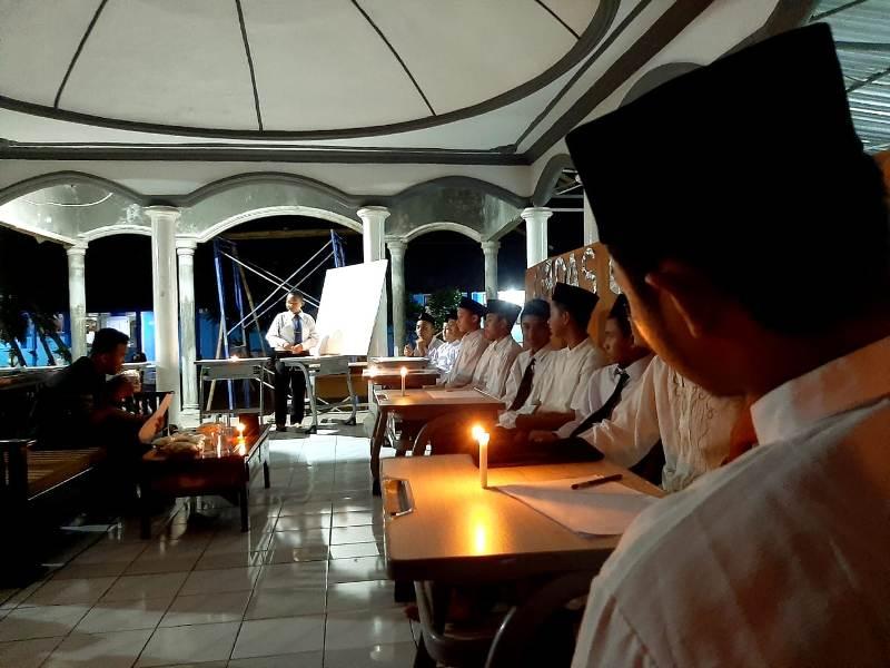 Pondok Pesantren SPEAM menggelar cerdas cermat bahasa Arab dan Inggris.