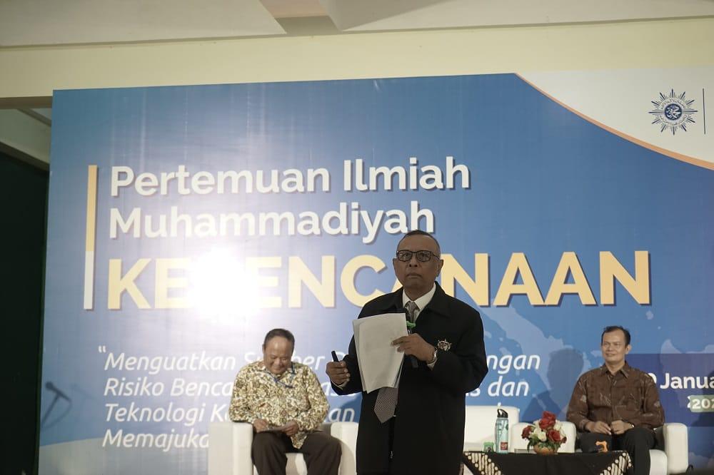 Muhammadiyah buat program masyarakat tangguh bencana. Sasaran program tersebut multilevel, baik untuk masyarakat yang ada di kota maupun di desa.