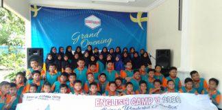 English Camp V diikuti 135 siswa Muhammadiyah GKB di Ar-Rohman English Center, Jalan Brawijaya Nomor 104, Pare, Kediri, Senin-Sabtu (3-8/2/20).