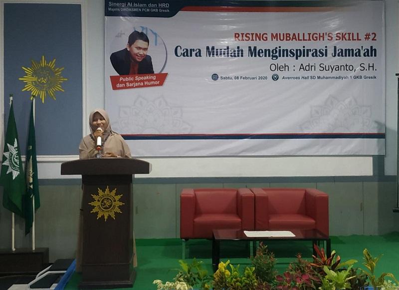 Majelis Dikdasmen GKB mengadakan Rising Muballigh Skill 2 di Averroz Hall SD Muhammadiyah 1 GKBd dengan narasumber Adri Suyanto SH, Sabtu (8/2/20).