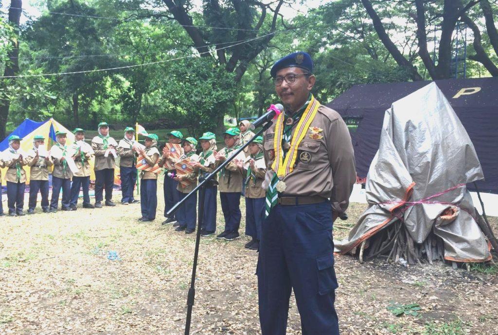 Gubernur HW Jatim Muhammad Harun membuka Hizbul Wathan Camp tiga sekolah Manyar Gresik, di Semen Indonesia Camping Ground, Jumat (13/3/20).