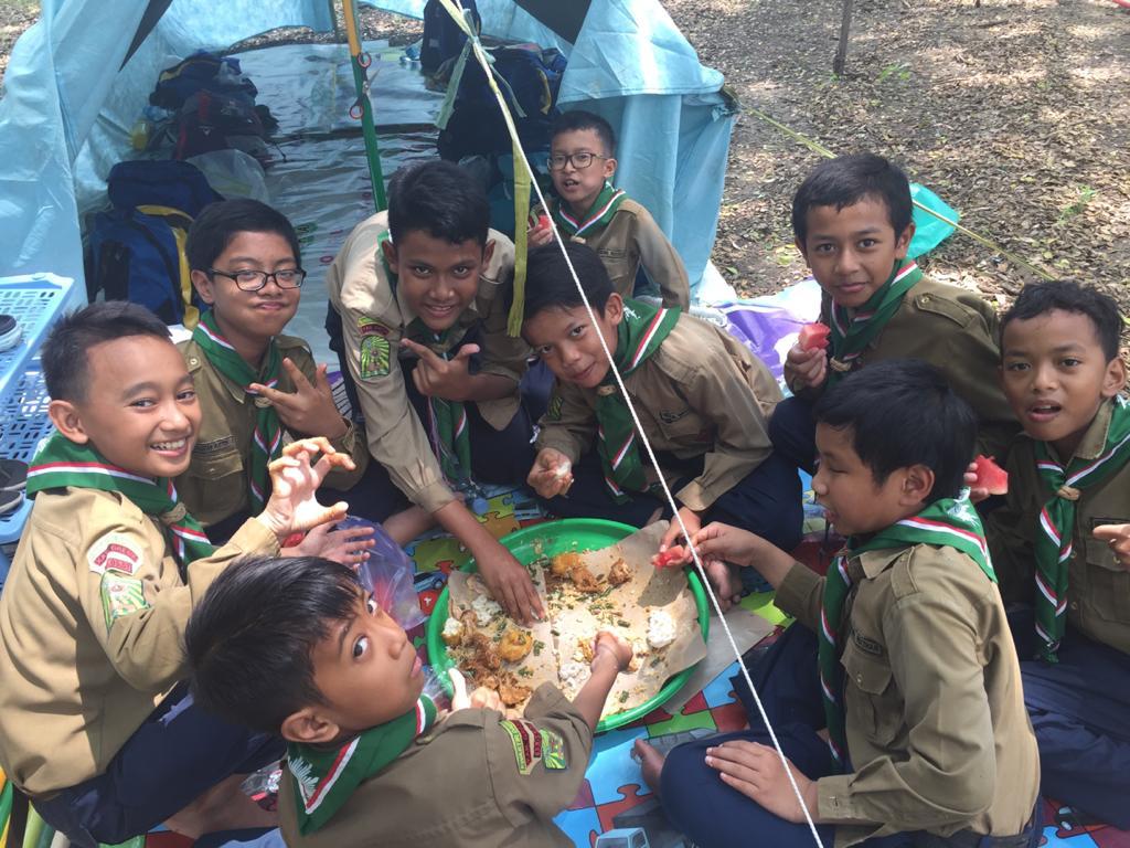 Krayahan di Hizbul Wathan (HW) Camp tiga sekolah Kecamatan Manyar berlangsung seru dan meriah, Jumat (13/3/20).