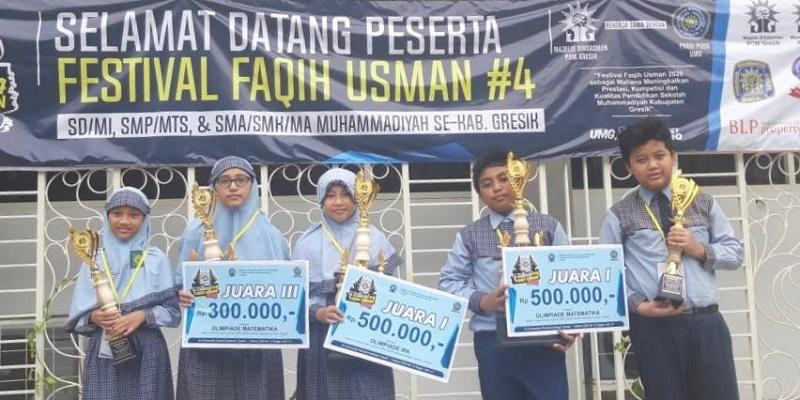 Siswa SD Mugeb meraih 5 tropy di ajang Festival Faqih Usman #4 di UMG, Sabtu (7/3/20). Prestasi tersebut diperoleh dari olimpiade mata pelajaran matematika dan IPA.