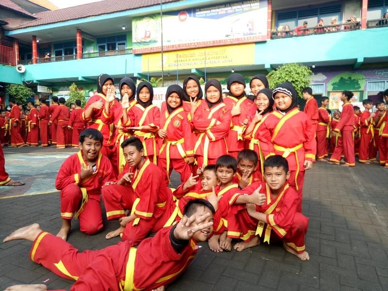 Pesilat SD Muhammadiyah 18 Surabaya mengikuti uji diri dalam keilmuan tapak suci ynag diadakan PIMDA 06 Surabaya, Sabtu-Ahad (14-15/3/20).