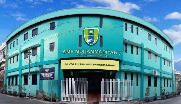 SMP Mutu Surabaya siapkan PPDB dengan kegiatan presentasi dari sekolah ke sekolah sekaligus mempromosikan program dan hasil prestasi sekolah.