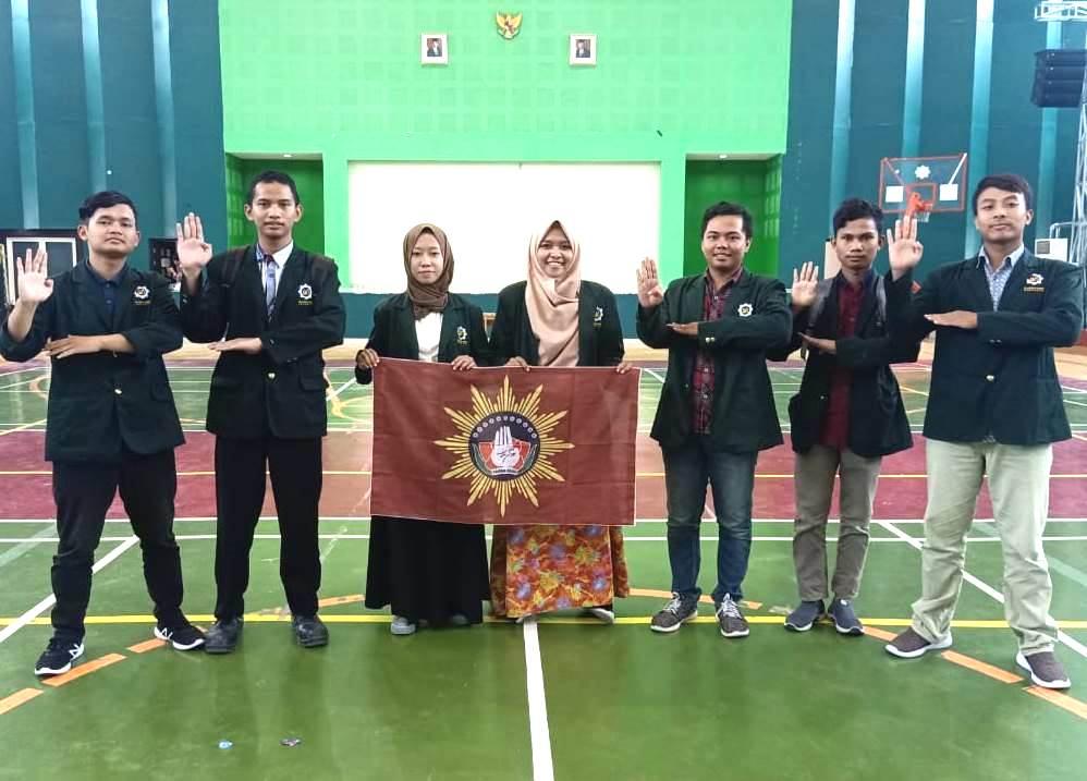 Tapak Suci UINSA Surabaya, sah! Pengesahan legalitas tersebut diperoleh saat pelantikan bersama unit kegiatan mahasiswa (UKM) lainnya, Selasa (4/3/20).