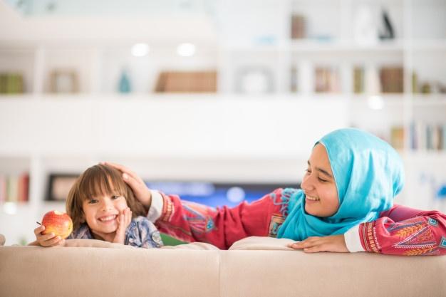 Curhat Ibu: Susah Jadi Guru di Rumah ditulis oleh Uzlifah, Ketua Majelis Dikdasmen Pimpinan Cabang Aisyiyah Klojen, Kota Malang.
