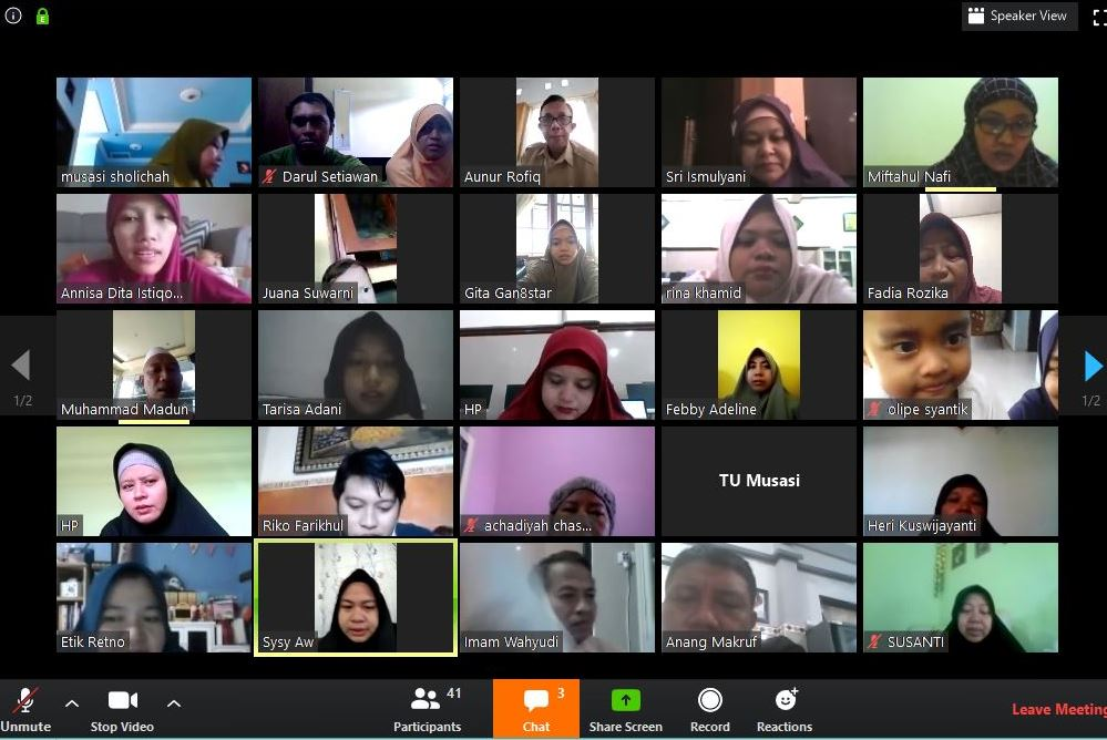 Briefing online gukar SMP Musasi berlangsung seru. Sebelumnya, karena dampak Covid-19, kegiatan belajar mengajar (KBM) termasuk briefing pagi ditiadakan.