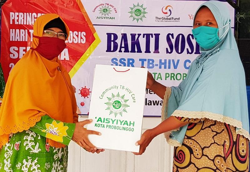 Aisyiyah Problinggo memberikan bantuan 80 paket sembako kepada seluruh pasien TB se-Kota Probolinggo yang tersebar di 5 Puskesmas.