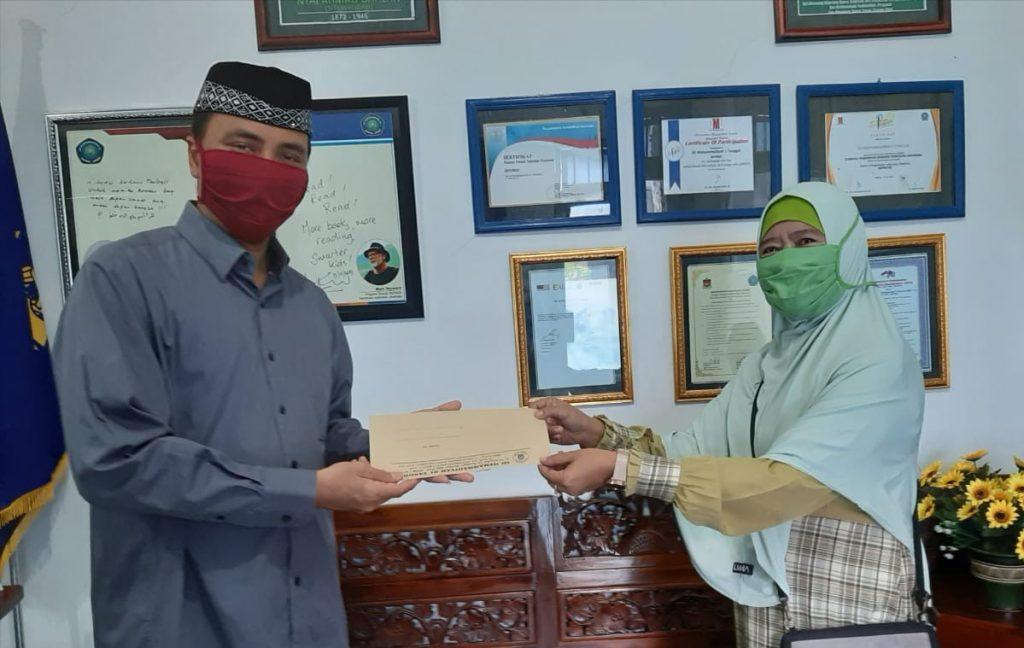 Gerakan Shadaqah Subuh Aisyiyah Tanggul merupakan salah satu program unggulan Pimpinan Cabang Aisyiyah (PCA) Tanggul Kabupaten Jember.