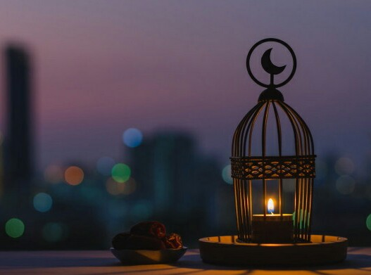 Merayakan Idul Fitri dalam Kesunyian ditulis oleh Biyanto Guru Besar Fakultas Ushuluddin dan Filsafat UIN Sunan Ampel; Wakil Sekretaris Pimpinan Wilayah Muhammadiyah Jawa Timur.