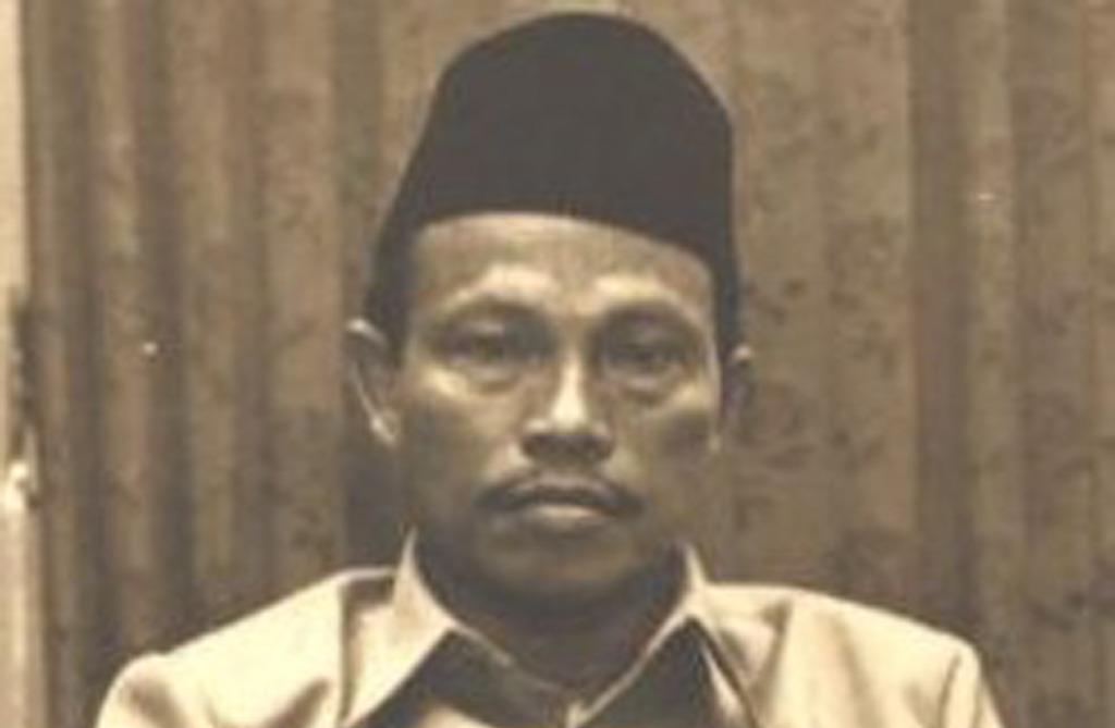 KH Abdurrahman Syamsuri, hafidh Quran pendiri Pondok Pesantren Karangasem.
