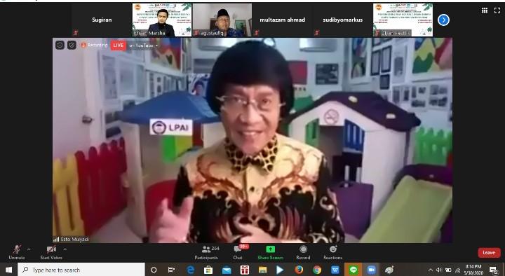 Selain Covid-19 Indonesia hadapi pandemi rokok disampaikan oleh Ketua Lembaga Perlindungan Anak Indonesia (LPAI) Dr Seto Mulyadi SPsi MSi.