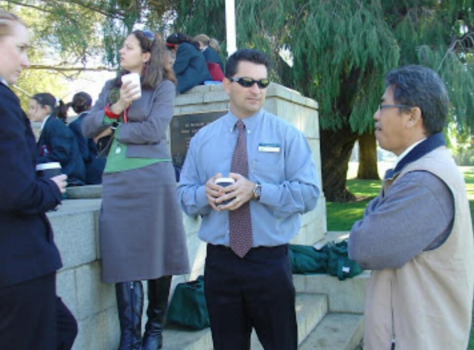 Pembelajaran Otentik (Authentic Learning) menjadi salah satu alternatif yang dapat dikembangkan selama pandemi Covid-19. Prof Dr Zainuddin Maliki MSi berbagi kisahnya saat berkunjung ke Perth, Australia Barat, akhir 2011 lalu.