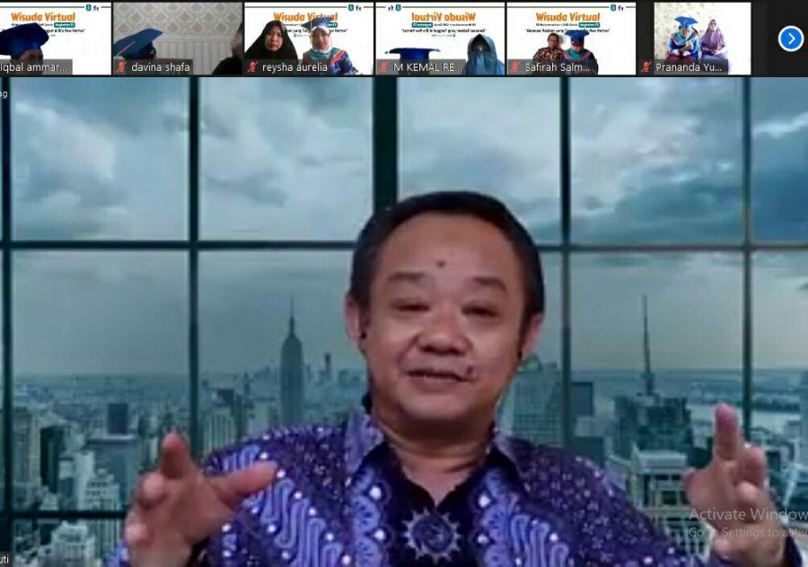 Abdul Mu'ti Dorong Siswa Jadi Generasi COVID. Sekretaris Umum Pimpinan Pusat Muhammadiyah ini menyampaikan hal itu dalam wisuda virtual SD Muhammadiyah 1 GKB (SD Mugeb) Gresik, Rabu (17/6/2020).