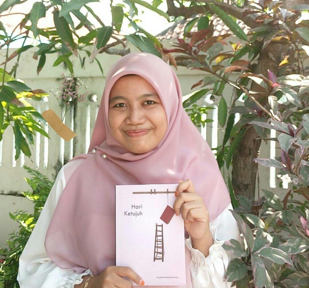 Kelas cerpen Tujuh Hari Menjemput Karya (TMHK) sukses diselenggarakan oleh Komunitas Lingkar Sastra Kampus dan menghasilkan sebuah buku yang berjudul Hari Ketujuh, (19/06/2020).