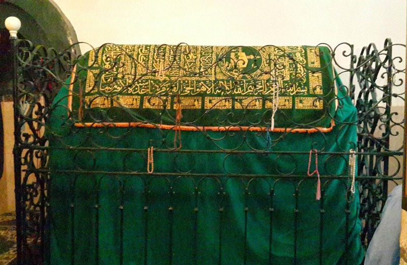 Kisah Salman al Farisi juga terkubur di makamnya di Bukit Zaitun Palestina.