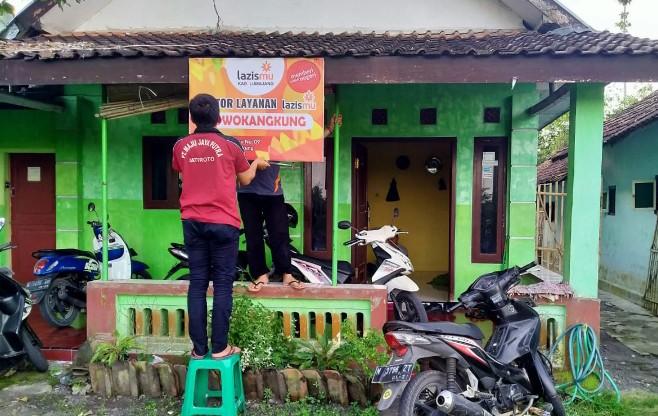 Lazismu buka KL di daerah langganan banjir. Tepatnya Kantor Layanan (KL) Lazismu Rowokangkung di Kecamatan Rowokangkung Kabupaten Lumajang.