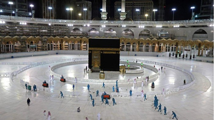Ibadah haji 2020 terbatas untuk warga lokal dan ekspatriat. (bbc)