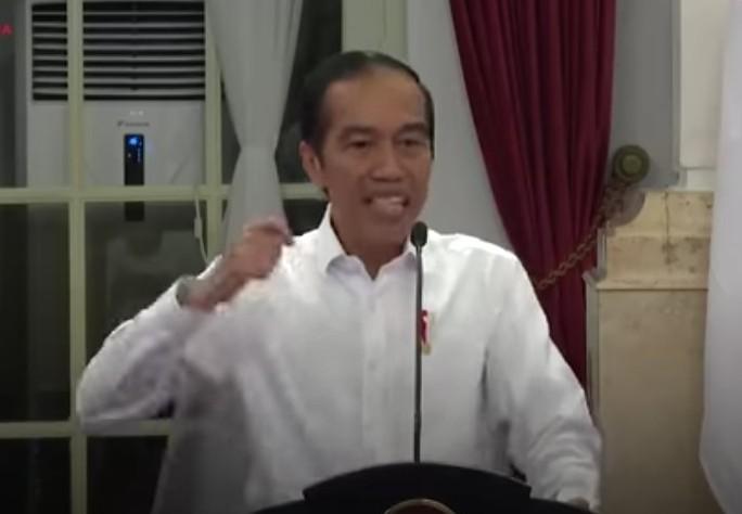 Jokowi Marah, Ini Reaksi Din Syamsuddin. Ada empat jalan keluar yang diberikan Din Syamsuddin berkaitan dengan substansi kemarahan Presiden Jokowi.