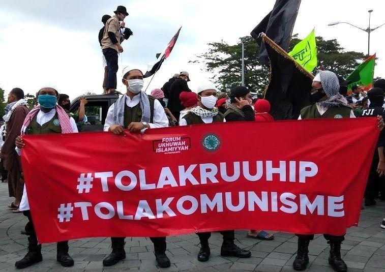 Demo RUU HIP di DPR. Umat Islam reaktif terus, kapan majunya.