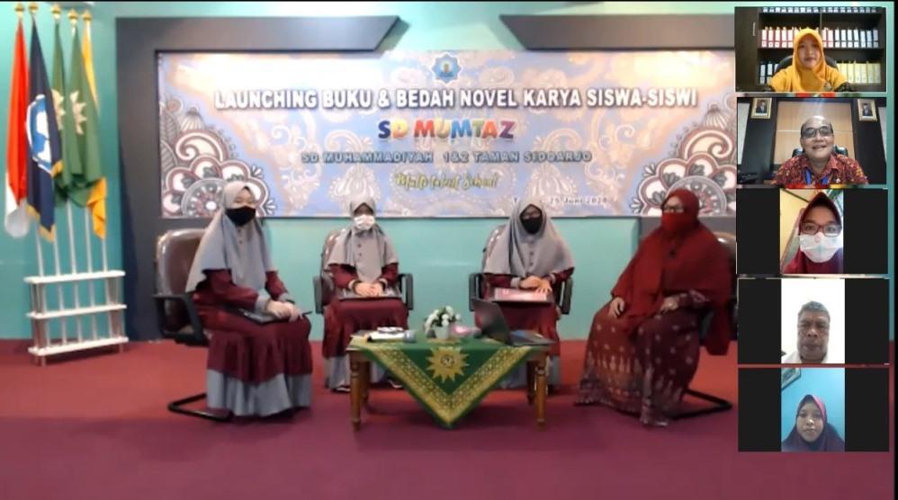 Pandemi, SD Mumtaz launching 5 buku dari 13 penulis. Acara yang digelar dengan webinar itu menghadirkan wakil rektor Unesa, Kamis (25/6/20).