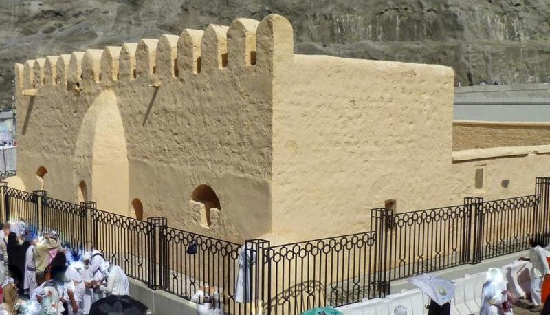 Lokasi Baiat Aqabah sekarang ditandai Masjid Baiat.