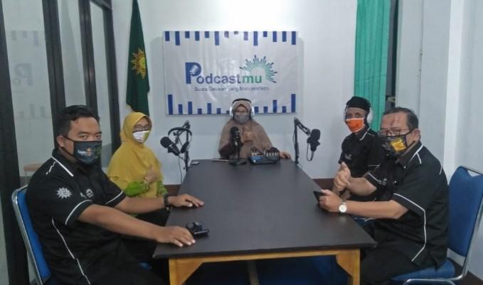 Podcastmu, cara dakwah baru Muhammadiyah Lumajang. Launching Podcastmu dilaksanakan oleh PDM Lumajang, Selasa (28/7/2020).