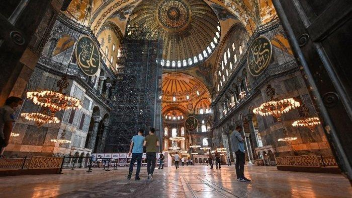Museum Aya Sofya dikembalikan jadi masjid, negara Barat ancam Turki.