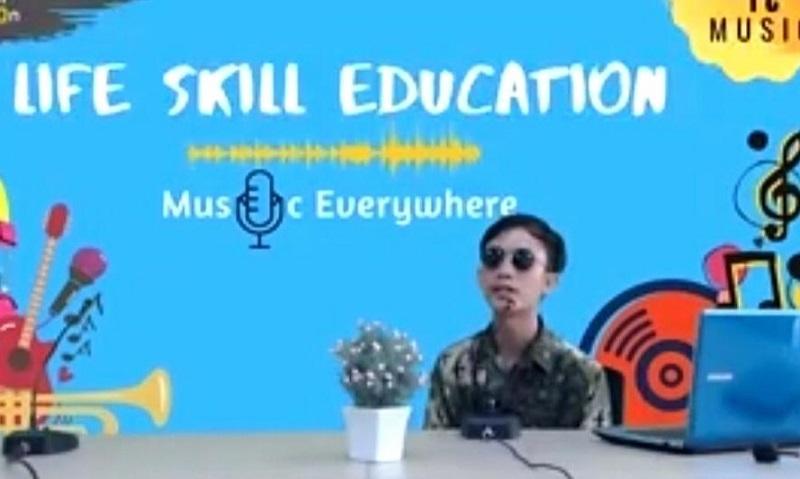Class Music Online Smamio menjawab penasaran siswa ketika mengikuti kegiatan Inspiration Class Program yang dilaksanakan, Rabu (5/8/20).