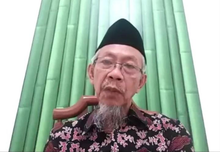 Covid-19 masih berkembang, sekolah jangan buka. Hal itu disampaikan oleh Ketua Pimpinan Wilayah Muhammadiyah (PWM) Jatim Dr Saad Ibrahim MA.