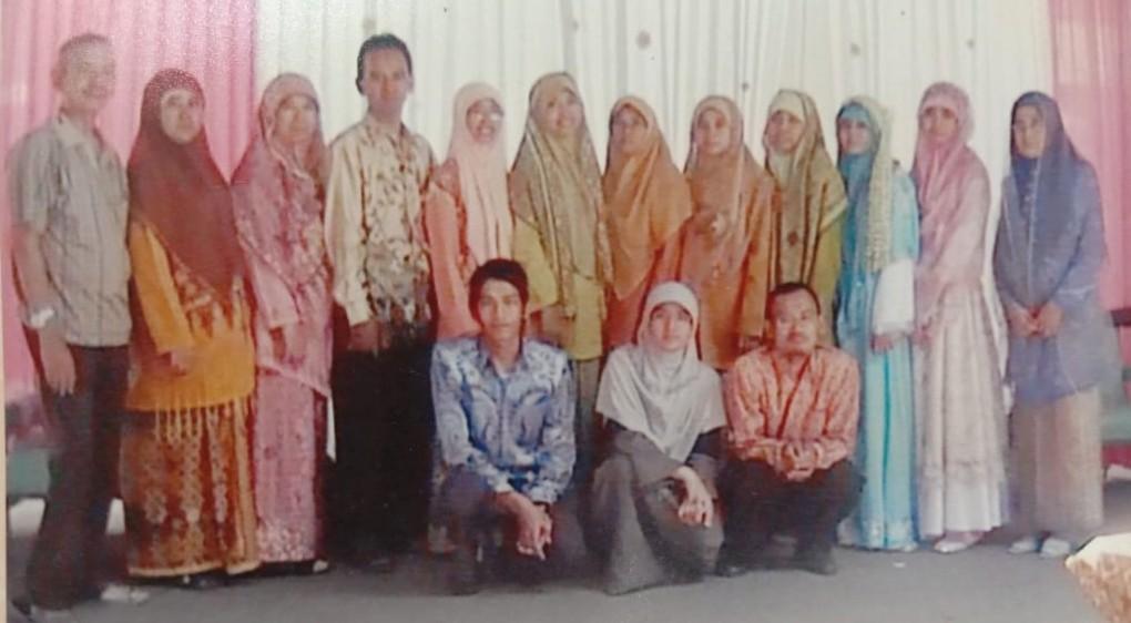 H Muhammad Yazid, Sukses Didik 14 Anaknya Jadi Aktivis. Ditulis oleh Nadjib Hamid, Wakil Ketua Pimpinan Wilayah Muhammadiyah (PWM), Jawa Timur.