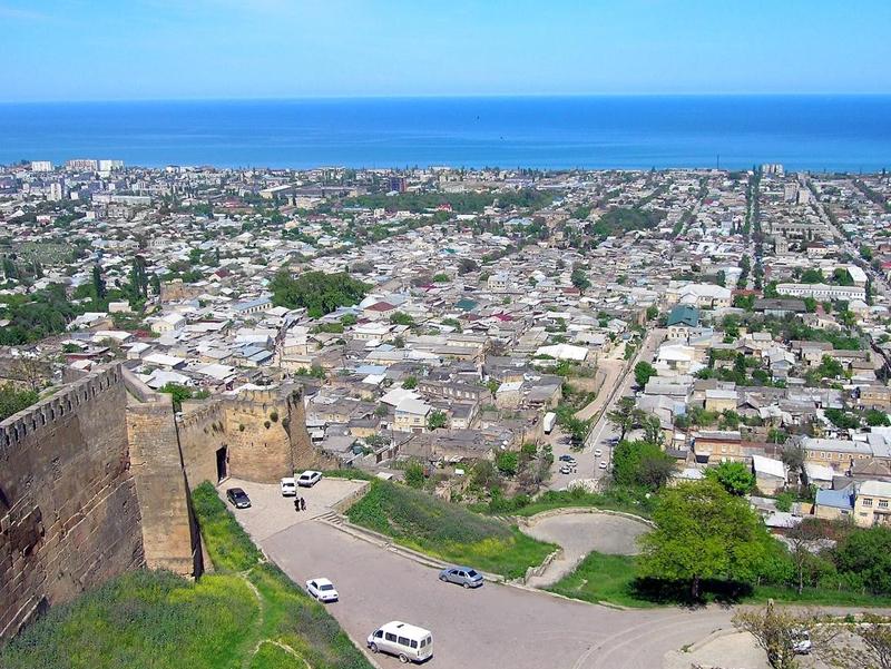 Kota Derbent, Dagestan, di pinggiran Laut Kaspia.