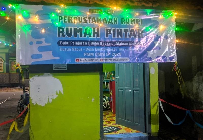 Mahasiswa UMM meluncurkan Rumah Pintar literasi di Dusun Gabus Desa Tambakploso Turi Lamongan, Sabtu (8/8/20).